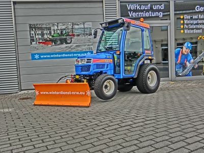 Winterdienst-NRW_Schmalspurtraktor-3-80x80.jpg
